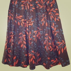 Jacquard floral Madison pleated skirt w/ pockets